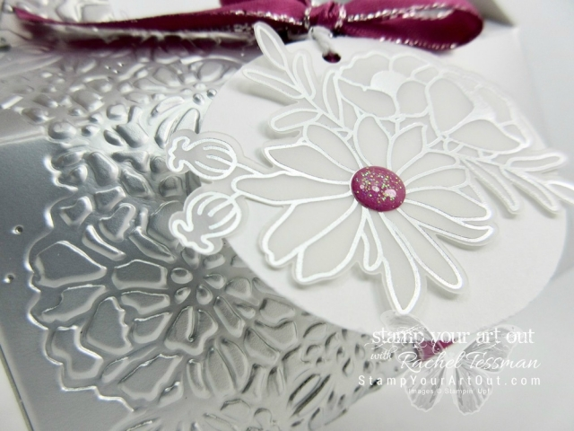 The Silver Elite Stars Retreat 2018 was so much fun! Click here to see one of the pretty projects we made: a Silver Gable Box decorated with a Sweet Soirée Embellishment, Berry Burst Metallic Edge Ribbon, Stampin' Blends Markers, and the Petal Pairs floral embossing folder ...#stampyourartout #stampinup - Stampin' Up!® - Stamp Your Art Out! www.stampyourartout.com